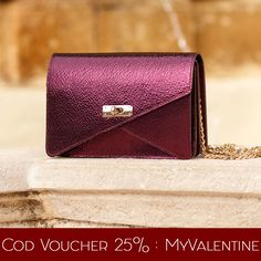 Get the purple Barbara clutch with a 25% discount @comenziwildinga