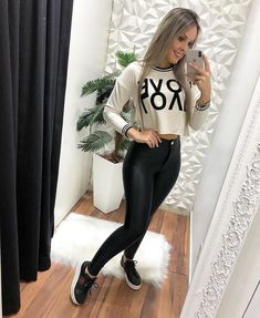 outfit with white blanco is leggings dark red tshirts 25 30 Outfits, Office Outfits, Skirt Outfits, Outfits For Teens, Trendy Outfits, Cute Outfits, Fashion Outfits, Womens Fashion, Cute Blouses