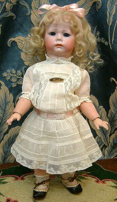 "15"" Kammer & Reinhardt POUTY 115 A Character Girl In Fantastic Period from kathylibratysantiques on Ruby Lane"