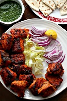 Fish Tikka Bites with Green Chutney - Atıştırmalıklar - Las recetas más prácticas y fáciles Easy Baked Fish Recipes, Indian Fish Recipes, Fried Fish Recipes, Seafood Recipes, Asian Recipes, Chicken Recipes, Cooking Recipes, Prawn Recipes, Cooking Ribs