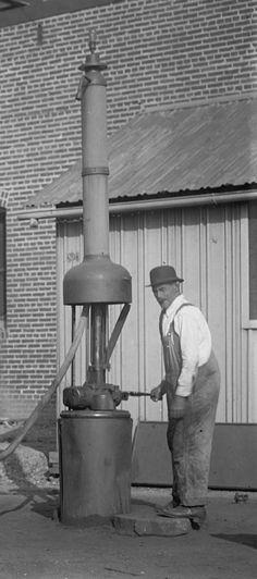 First Gas Pump and Service Station - American Oil & Gas Historical Society