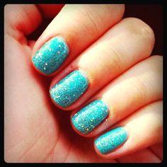 Gel nail polish <3