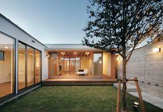 閉ざされているのに開放的! 二つの中庭のある家 | MABUCHIの新築施工例【イエタテ】