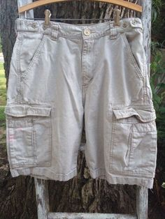 Levis Cargo shorts size 32 beige khaki 6 pockets #Levis #Cargo