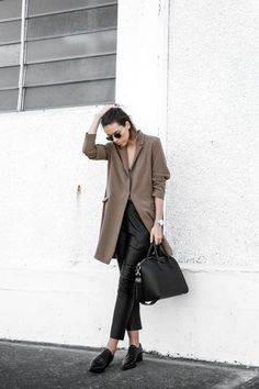 How To Wear Cropped Leather Pants For Fall