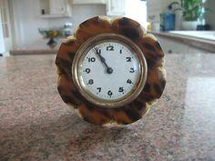 bakelite mantle clock