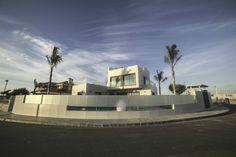 Luxury Detached villa near to the beach.