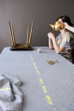Nappe / tablecloth Miam - © La cerise sur le gâteau - Anne Hubert - Photo: Coco Amardeil