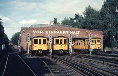 Berlin Berlin, West Berlin, Berlin Wall, Metro Subway, S Bahn, Busse, Old Pictures, Locomotive, Color