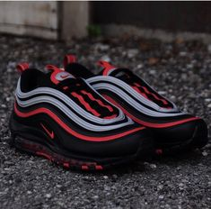 dope streetwear clothing and exclusive sneakers Best Nike Running Shoes, Nike Air Shoes, Black Nike Shoes, Nike Shoes Outlet, Sneakers Nike, Red Nike Trainers, Nike Air Max Black, Mens Nike Air, Nike Men