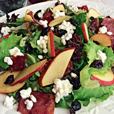 Η δίαιτα χαμηλού γλυκαιμικού δείκτη από τη διαιτολόγο Κάλλια Γιαννιτσοπούλου σε ένα πρόγραμμα δύο εβδομάδων. Caprese Salad, Cobb Salad, Diet, Food, Eten, Get Skinny, Meals, Per Diem, Diets