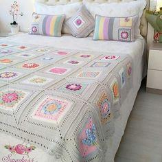 Best 12 You'll Love These Knitting Ideas Granny Square Crochet Pattern, Crochet Squares, Crochet Granny, Crochet Blanket Patterns, Crochet Motif, Baby Blanket Crochet, Crochet Designs, Quilt Pattern, Afghan Blanket