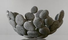 Decorating Ideas-with-stones-for-inside-and-außen_diy-obstschale-from-stones The post Decoration ideas with stones for inside and outside appeared first on Woman Casual - DIY and crafts Diy Home Crafts, Kids Crafts, Diy Home Decor, Creative Crafts, Decoration Bedroom, Decoration Table, Outside Decorations, Diy Casa, Stone Fruit
