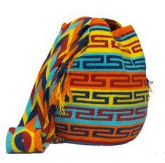 www.mochilaswayuubags.com whatsapp +57 320 345 9226  #wayuu #crochet #handmade #crochet #boho #bohostyle #bohochic #hippie #cartagena Tapestry Bag, Tapestry Crochet, Tribal Bags, Backpack Bags, Crochet Projects, Boho Fashion, Boho Chic, Purses And Bags, Tejidos