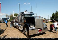 2003 kenworth log truck w 900 L from coos bay oregon