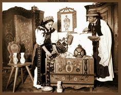 Miri Mahiari din tara Calatei! Si mobilierul de zestre! Romania, Painting, Painting Art, Paintings, Painted Canvas, Drawings
