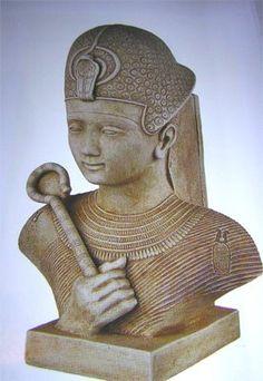 Namer  El Periodo Arcaico de Egipto, o Época Tinita o Periodo Dinástico Temprano (c. 3100-2686 a. C.), es el comienzo de la historia dinástica del Antiguo Egipto.
