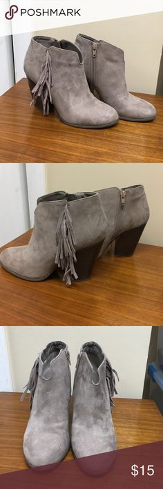 Carlos Santana Suede Look Fringe Booties Very cute Taupey dove grey. Fringes with chunky heel. Wire a few times but I really needed the 5. Carlos Santana Shoes Ankle Boots & Booties