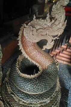Thai Buddha Statue, Thai Design, Thailand Tattoo, Art Inspiration Drawing, Thai Art, Gold Wallpaper, Thai Style, Buddhist Art, Dragon Art