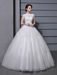 Charming Ball Gown Appliques Cap Sleeve Floor Length Tulle White Ivory Wedding Dresses