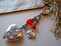 Beaded Key Chain / Purse Charm / Heart Key Chain / by mjhcreative