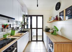 Nice bright kitchen. Note: important to be very bright for cooking. Will need…