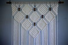 VENTE en macramé Tenture murale corde de coton par BermudaDream
