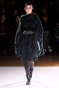 Photos du défilé Yohji Yamamoto automne-hiver 2015-2016 - L'Express Styles