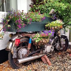 """Because who doesn't want to add touch of """"white trash"""" to their landscaping? Vintage London, Rustic Gardens, Flower Boxes, Flowers, Backyard Projects, Planters, Planter Ideas, Garden Crafts, Balcony Garden"""