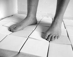 Flying tiles : SOPHIE MENSEN