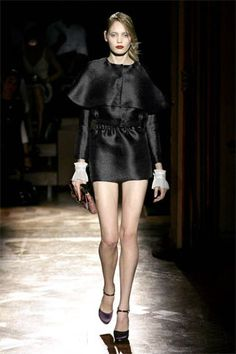 Miu Miu Spring 2008 Ready-to-Wear Fashion Show - Lara Stone
