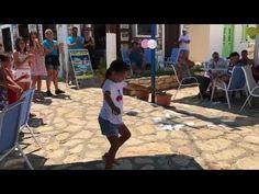Κοριτσάκι χορεύει ζεϊμπέκικο στο Καστελόριζο και... ρίχνει το Facebook - YouTube Greek Music, Argo, Dance Videos, Dancing, Greece, Songs, Feelings, Youtube, Greece Country