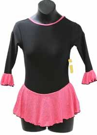 Skater's Choice Consignment Chloe Noel Black Fleece Pink Sparkle Ruff Skating Dress $50.00 Chloe Noel Black Fleece with Pink Sparkle Spandex 3/4 Sleeve with Ruffle Size: Child Extra Small = Child 6-8