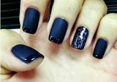 Matte navy blue with tips with ring finger design