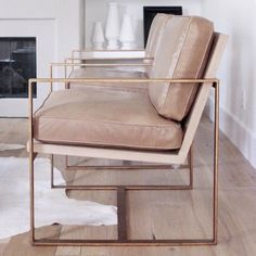 chair vibes // via L'extravagance http://redfordhouse.com/Manhattan%20Chair http://www.zincdoor.com/p/Redford-House-Manhattan-Chair__RH096.aspx
