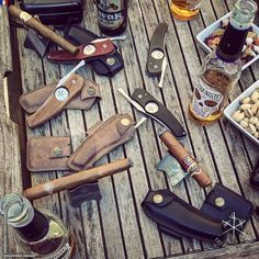 #Knifeporn Cigar meeting with our friends from the @P1P2C #cigarclub http://ift.tt/2pcxXkX | info on the knife : http://ift.tt/1J1EGDu