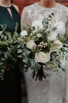 Modern Downtown Winter Wedding at The Evergreen PDX Winter Wedding Boquet, Christmas Wedding Flowers, Evergreen Wedding, Burgundy Wedding Flowers, Winter Wedding Centerpieces, Elegant Winter Wedding, White Wedding Bouquets, Floral Wedding, Winter Weddings