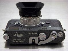 Leica MP LHSA 1968-2003 Hammertone, Leica Summilux 35mm F/1.4 v1 Steel Rim, OLLUX Hood