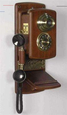FARMHOUSE TELEPHONE - #wallphone Radios, Antique Phone, Vintage Phones, Home Phone, Wooden Walls, Vintage Walls, Telephone, Vintage Antiques, Antique Decor