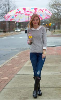 Hunter boats outfit rainy days umbrellas 48 ideas for 2019 Stylish Work Outfits, Preppy Outfits, Spring Outfits, Cute Outfits, Rainy Day Outfit For Spring, Hunter Boots Outfit, Rainy Day Fashion, Boating Outfit, Dress For Success