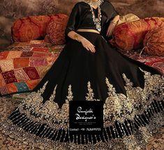 Buy Lehenga online for women at attractive prices on Punjabi Designers . #custommade #fashionblogger #indianfashion #instagood #indianwedding #indianfashion #fashion #designersaree #desibride #indianbride #designerlehenga #bridalmakeup #bridesmaid #lehenga #lengha #wedding #bridal #bridallehenga #engagementlehengas #lehengastyle #lehengalove #bridaloutfits #bridallehengadesigner #bridallehengausa #bridallehenga #bridal #mirror #work #lehenga #ethnic #indianwear #lehengacholi #bridestobe… Indian Fashion Modern, Latest Indian Fashion Trends, Indian Fashion Dresses, Latest Fashion, Desi Wedding Dresses, Lehenga Wedding, Indian Wedding Outfits, Buy Lehenga Online, Lehenga Online Shopping