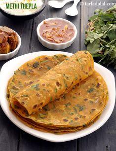 Methi Thepla Veg Recipes, Indian Food Recipes, Vegetarian Recipes, Snack Recipes, Cooking Recipes, Gujarati Recipes, Curry Recipes, Appetizer Recipes, Bread Recipes