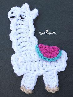 Crochet Llama Applique - free pattern at Repeat Crafter Me. Crochet Gifts, Easy Crochet, Crochet Baby, Free Crochet, Irish Crochet, Giraffe Crochet, Crochet Flower Patterns, Knitting Patterns Free, Crochet Flowers