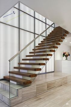 Professionals in staircase design, construction and stairs installation. In addition EeStairs offers design services on stairs and balustrades. Marble Staircase, Floating Staircase, Modern Staircase, Staircase Design, Spiral Staircases, Glass Stairs, Glass Fence, Stainless Steel Handrail, Floating In Space