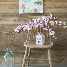 Stare deski Regalia dodadzą  uroku każdemu wnętrzu :)  Old wooden boards manufactured by Regalia wilk make your room more pretty :) #staredrewno #Staredeski #deskidrewniane #drewno #wool  #oldwood #wooden #interior #woodworking #woodworker #regaliapm #design