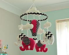 Rosa bebé niña móvil / elefante caliente globo móvil / fieltro