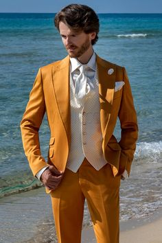 Pure cotton yellow tailored fit fashion wedding suit for hipster grooms Wedding Suit Styles, Wedding Men, Wedding Suits, Hipster Groom, Suit Fashion, Mens Fashion, Mode Costume, Techniques Couture, Italian Men