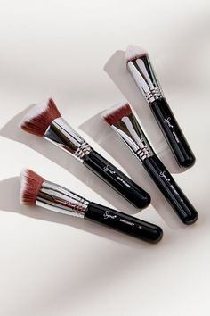 Shop Sigma Beauty Dimensional Brush Set at Urban Outfitters today. We carry all the latest styles, colors and brands for you to choose from right here. Moisturizer With Spf, Kabuki Brush Set, Sigma Brushes, Korean Make Up, Happy Skin, Prevent Wrinkles, Base, Crochet Hair Styles, Make Up