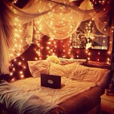 This is pretty awesome. I would love to have a room like this!