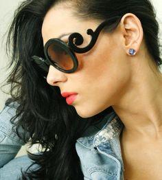 Vintage Designer Fashion Tortoise Thick Round Frame Womens Oversized Sunglasses